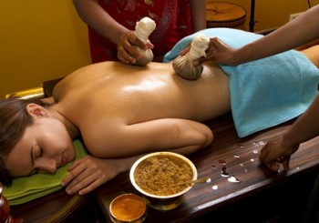 RECEIVING AND TREATMENTS IN KERALA PANCHAKARMA