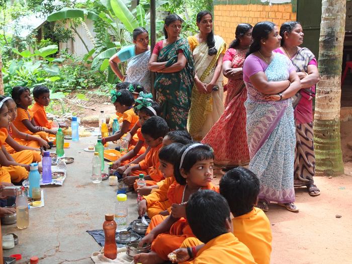 Visita gurukula escuela libre