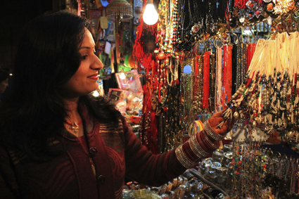 buying crafts in India